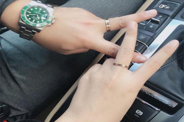 热恋男女戒指怎么带  第2张