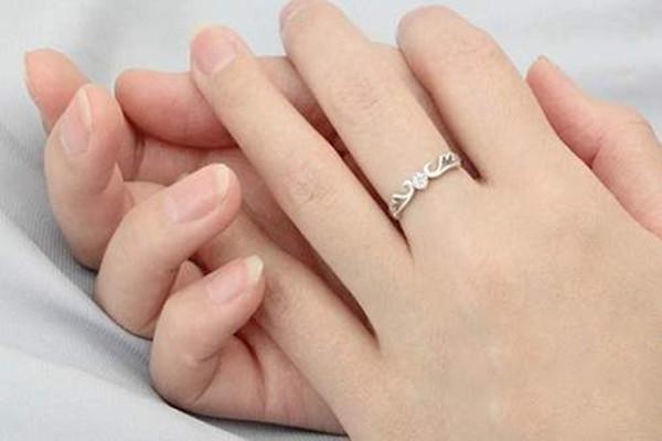 求婚戒指怎么买
