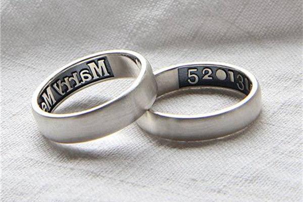 情侣戴戒指怎么戴-中国婚博会  第2张