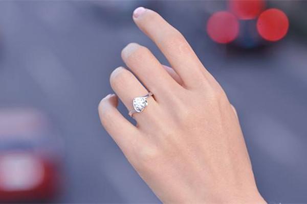11号的戒指是多大尺寸