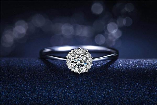 求婚戒指跟结婚戒指一样吗