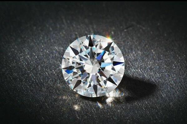 一克钻石等于多少克拉  第1张