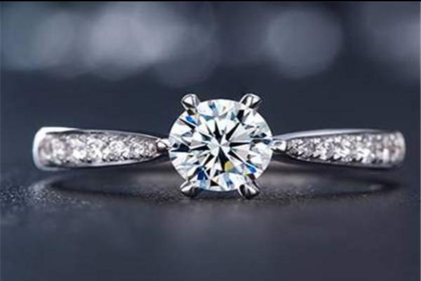 多少分钻石戒指有保值  第1张