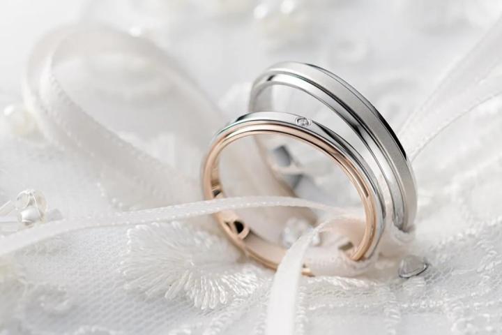 婚戒和钻戒都要买吗