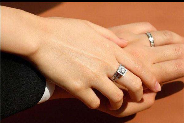 婚戒买几个 如何挑选婚戒  第1张