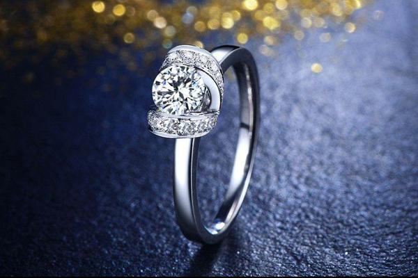 结婚钻戒如何挑选
