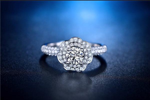 结婚买多少分的钻戒