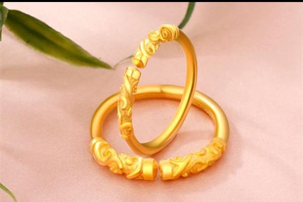 戒指黄金好还是铂金好  第1张