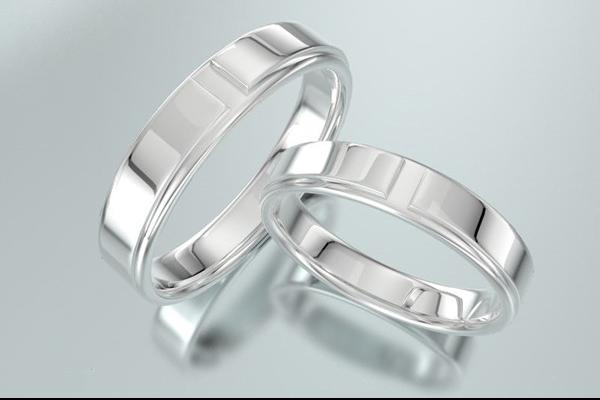 结婚戒指戴在哪只手 - 中国婚博官网  第1张